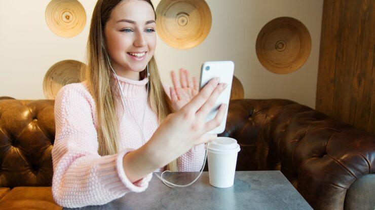 Aplikasi Video Call Acak